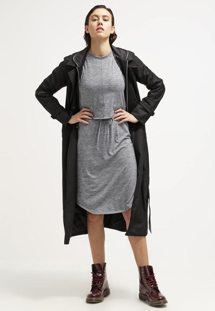 ¡Cómpralo ya!. Calvin Klein Jeans Vestido ligero grey. Calvin Klein Jeans Vestido ligero grey Ofertas   | Material exterior: 74% poliéster, 18% viscosa, 8% elastano | Ofertas  , vestidoinformal, casual, informales, informal, day, kleidcasual, vestidoinformal, robeinformelle, vestitoinformale, día. Vestido informal  de mujer color gris de Calvin klein jeans.