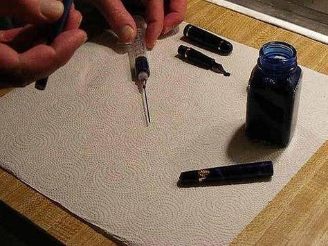 Cómo hacer tinta para plumas estilográficas | eHow en Español