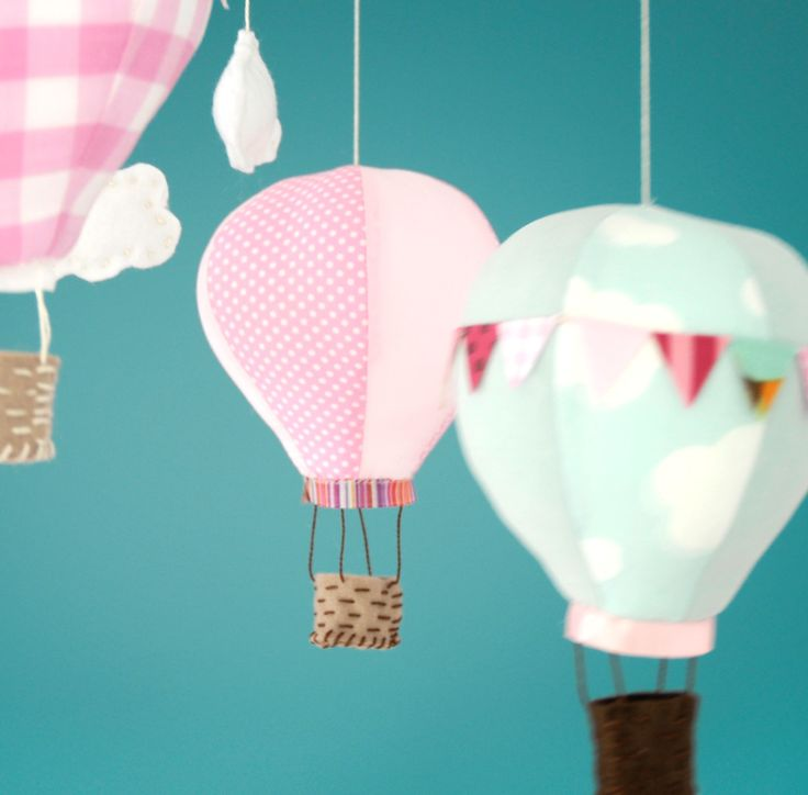 little hot air balloons. i want to make these...