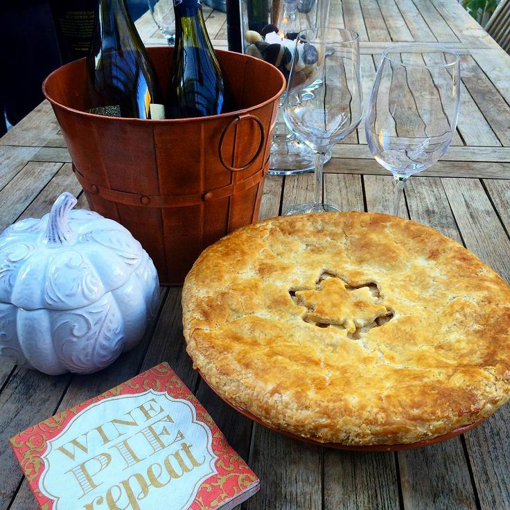 Wine, pie, repeat... We were asked to bring an apple dessert and since the pie went over really well yesterday, I baked another today. Pie #2 is local honey crisp apples, cinnamon and the Splenda brown sugar. The wine we brought was #ToastedHead Chardonnay. #HappyThanksgiving! #Pier1 @zimmysnook