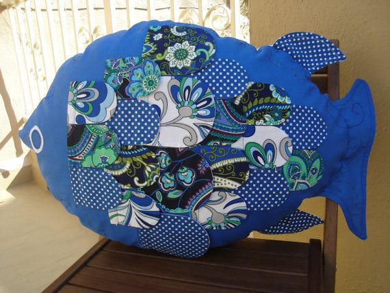 cojin pez azul