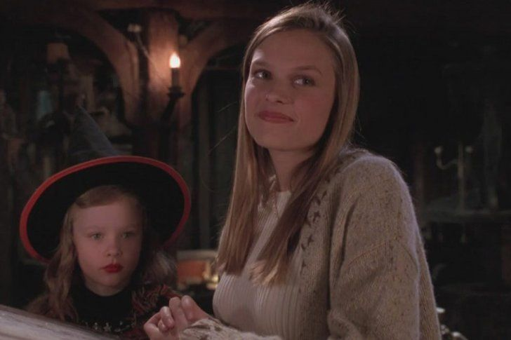 Pin for Later: The Cast of Hocus Pocus: Then and Now Allison, played by Vinessa Shaw