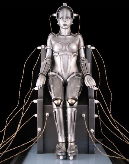 Maria from Metropolis (1925) - She reminds me of a the SWTOR Agent companion Scorpio