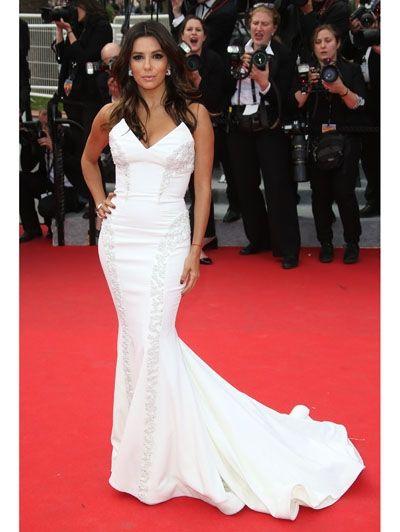 De mooiste jurken uit Cannes waarin jij zó door kunt naar het altaar | ELLE