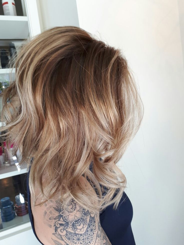 Brightened up this lovely lady  today  god I love my life!  Beautiful soft short hair  blonde balayage