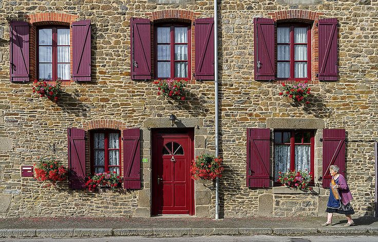 The colors of Brittany, Roz-Landrieux, Brittany, France. | by pedro lastra