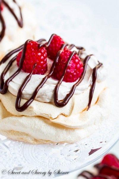 Raspberry Chocolate Mini Pavlova #dessert #foodporn #dan330 http://livedan330.com/2015/01/21/triple-raspberry-mini-pavlova/