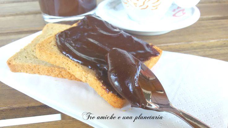 Nocciolata vegan - crema di nocciole e cioccolato