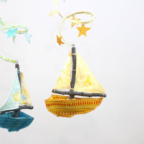 love this sailboat mobile from Etsy BabyjivesBaby Mobiles, Adorable Sailboats, Kids Room, Etsy Babyj, Pies Kids, Sailboats Baby, Stunning Mobiles, Sailboats Mobiles, Baby Stuff