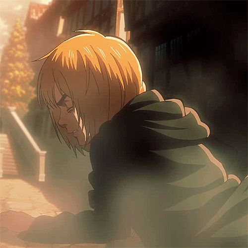I don't know about you but Armin looks pretty freakin manly in this.