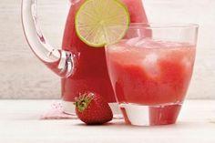 Rezept für alkoholfreie Wassermelone-Erdbeer-Limonade