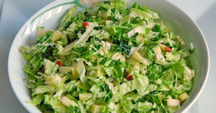 Egy rendkívül finom és egészséges kelkáposzta-salátát hoztam nektek.  Nagyon gyorsan elkészül és biztos sikert aratunk vele.  Svejk Útleíró ...
