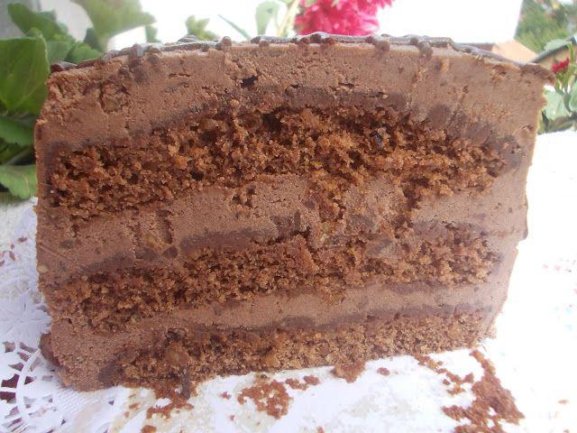 Savrseno-nesavrsena posna torta od cokolade i lesnika.   Kakva kombinacija... Posna cokoladna torta sa lesnicima, mislim da ne moze bolje!