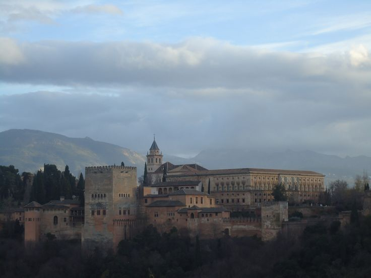 Alhambra at dusk in Granada, Spain (lajanssen)