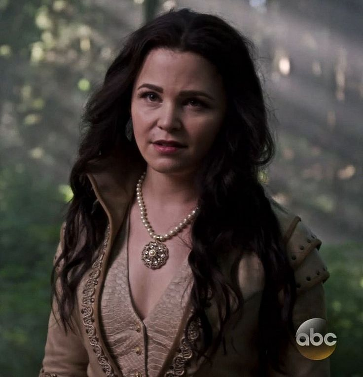 Ginnifer Goodwin as Snow White | Once Upon A Time Feels