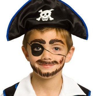 Painted face: Pirate