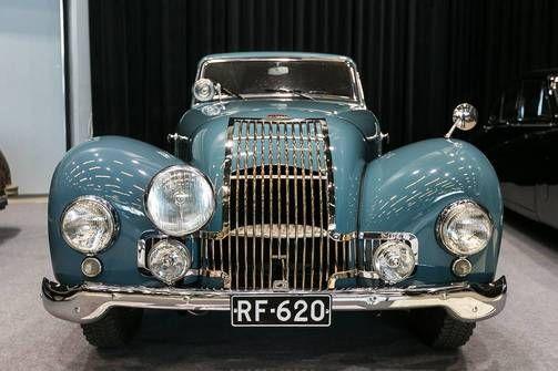 Allard P-1 Saloon vm 1951:n tyylikästä muotoilua.