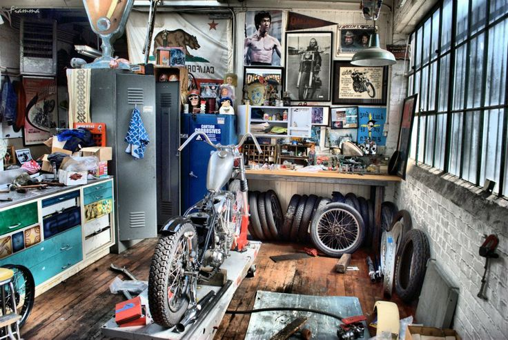 1000 ideas about cool garages on pinterest workshop for Garages and workshops