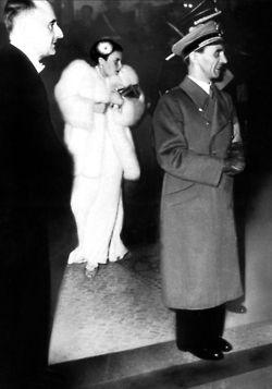 Joseph Goebbels and Lida Baarova in the background
