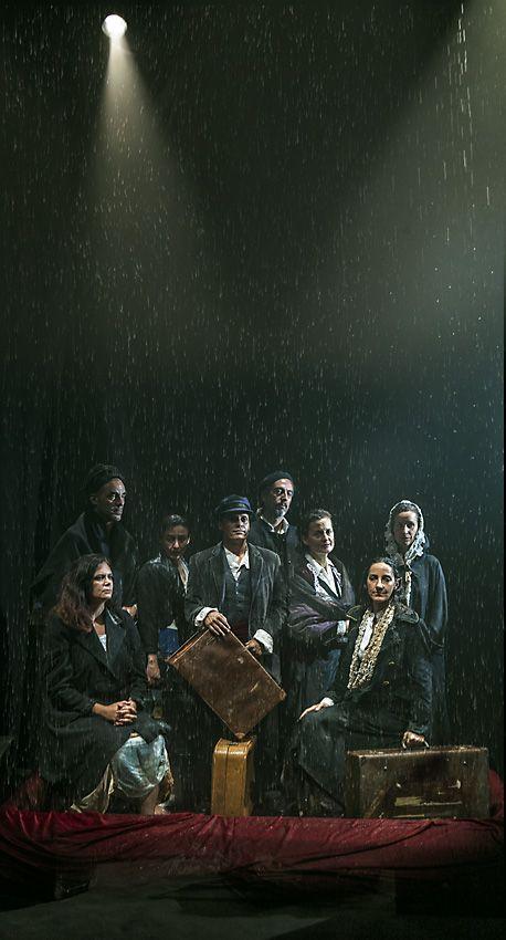 CUORE DI TENEBRA Teatro de los Sentidos foto di scena a Republique - Copenhagen