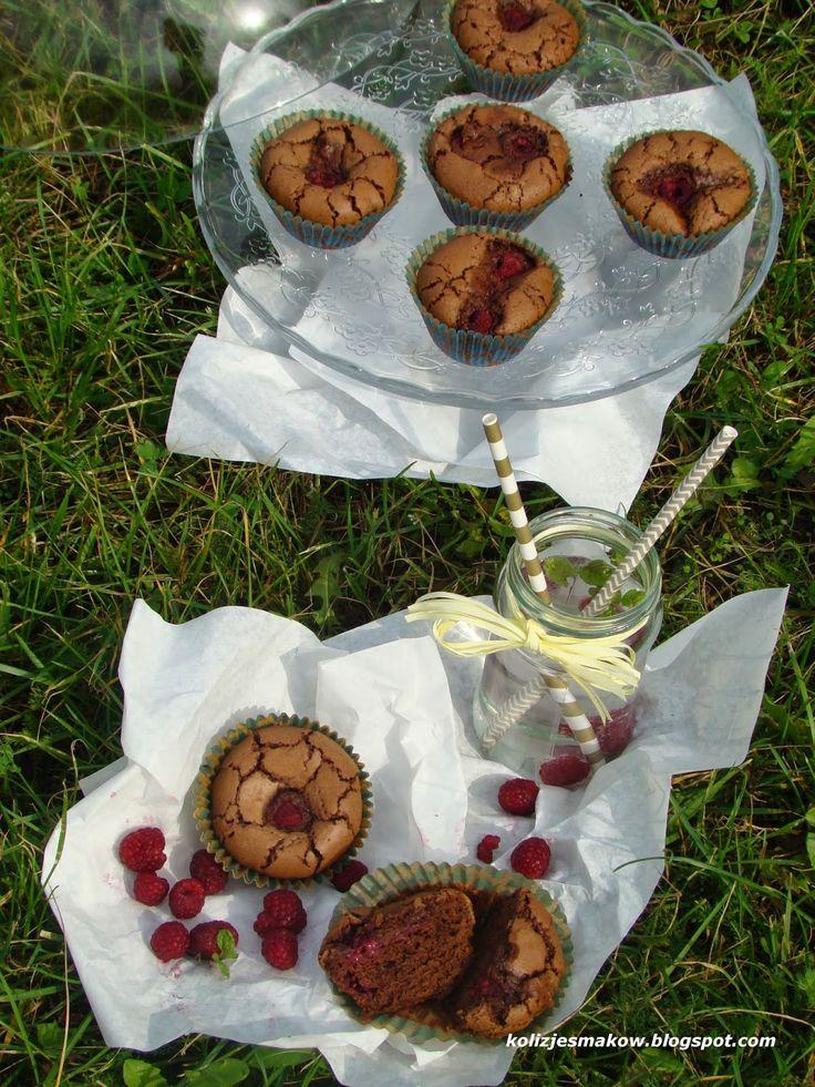 Muffinki/ Babeczki czekoladowe z malinami