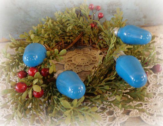 vintage christmas light bulbs / blue christmas lights / set of