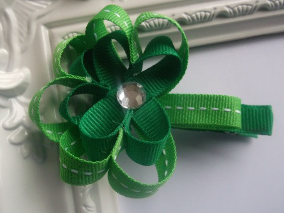3 Leaf Shamrock Clover St. Patrick's Day ribbon sculpture hair clip. St Patrick's Day Hair Bow.