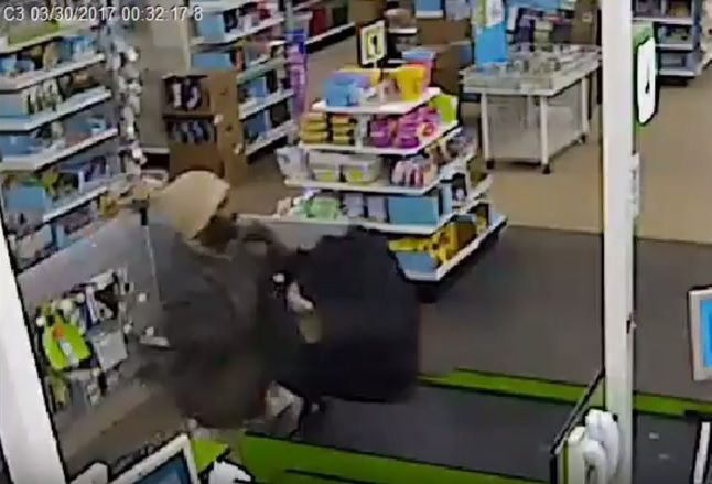 Suspect wanted for Robbing Dollar Tree store on Detroit's east side [Video]