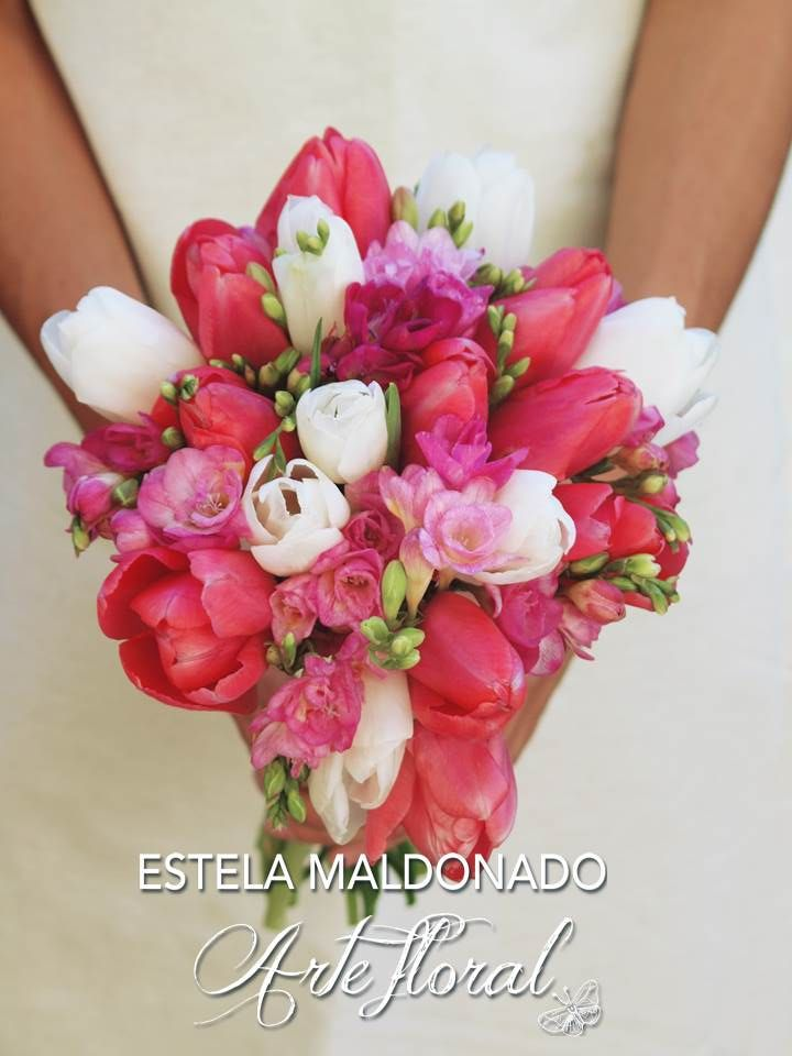 bouquet novia tulipanes #bodas #bodasmexico #sanmigueldeallende #guanajuato #mexico #weddings #tulips #bloom #ramodenovia #bouquet