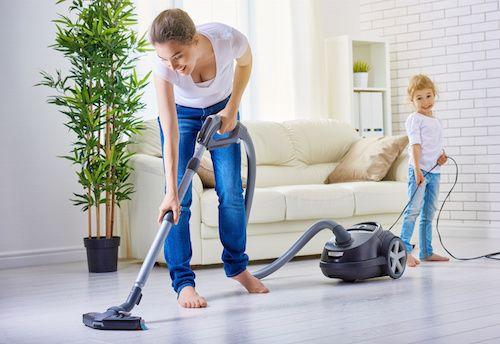 Pour parfumer votre maison, il vous suffit d'aspirer votre intérieur ! Voici une astuce simple ô combien efficace.