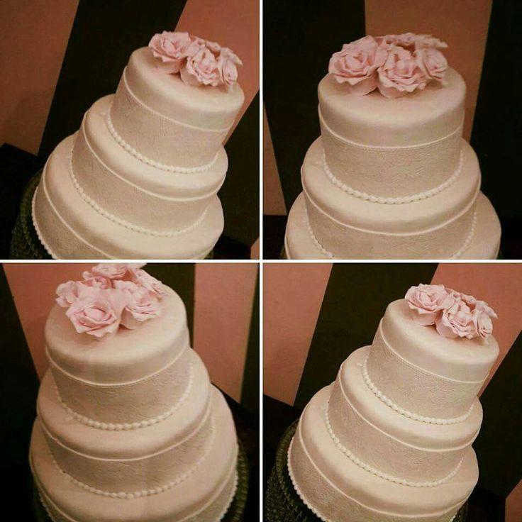 Simpe wedding cake