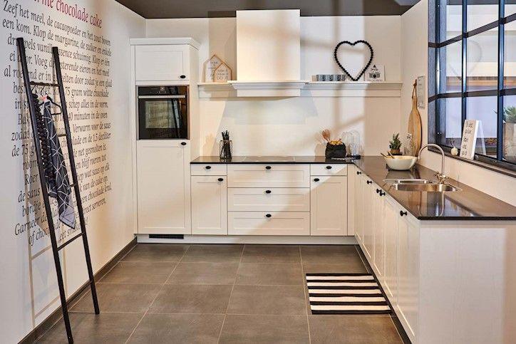 Landelijke Keuken Groen : 1000+ images about Kitchen on Pinterest Interieur, Door De and White