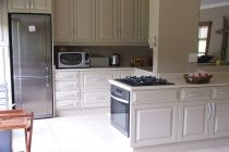 Beautiful kitchens at Stokkies & Skulpies self catering units.