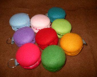 Macaron, keyring, colored felt