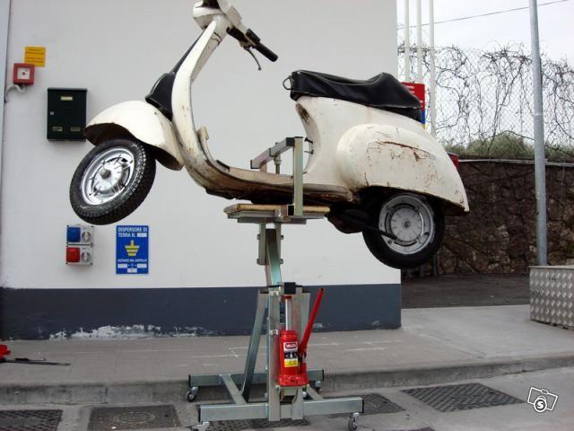 Elevador hidráulico para motos