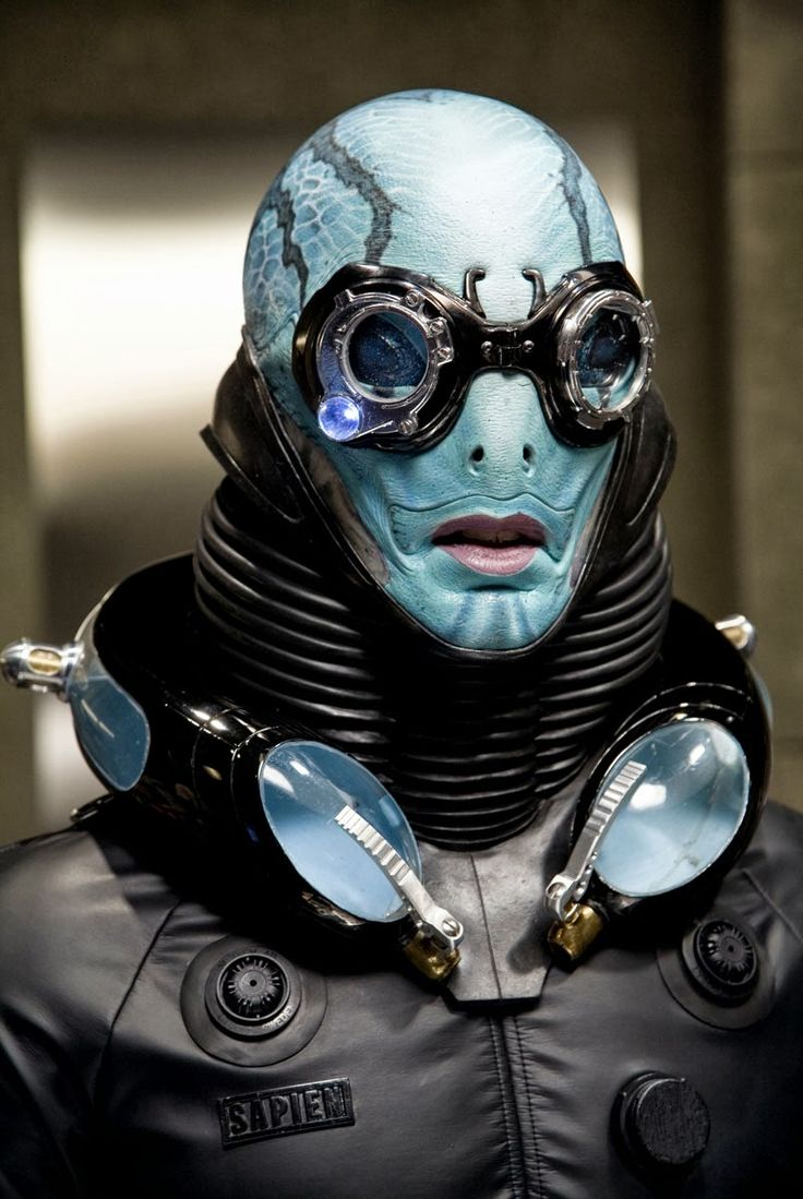 jasonfnsaint:  Doug Jones as Abe Sapien in Hellboy (2004)