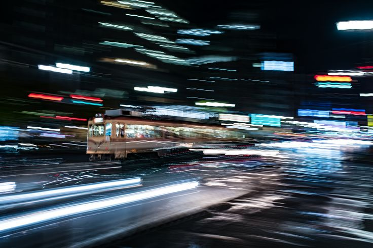 https://flic.kr/p/Btw526 | エクストリーム路面電車 | Extreme lightning tram line.