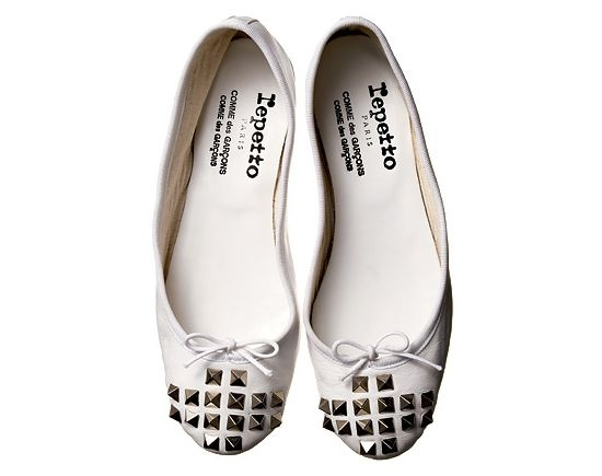 2004: The first partnership between Repetto and Comme des Garçons.