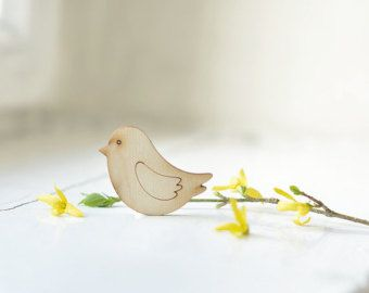 Little 5cm wooden bird shape - natural wood -  ready to decorate - unpainted - unfinished - make your own necklace DIY