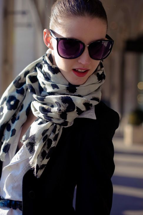 Sunnies and chic autumn layering.