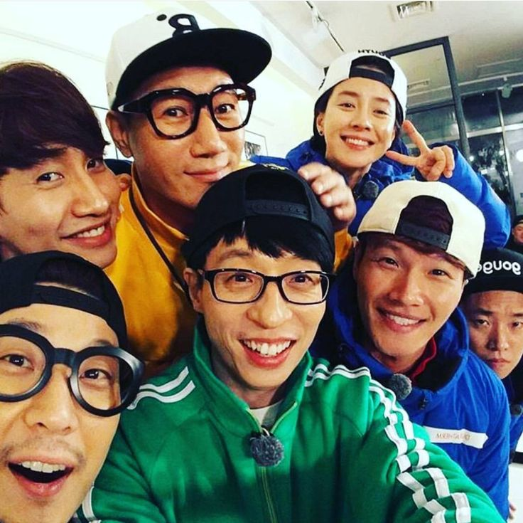 SBS Running Man 런닝맨 A Game-Variety Show since 2010.  323 episodes (and counting).  Yoo Jae Suk, Kim Jong Kook, Ji Suk Jin, Ha Ha, Song Ji Hyo, Lee Kwang Soo, Kang Gary (1-324), Song Jong Ki (1-41). Love this show! It's so fun ,also I Have Known more about Korean Food, Places, and discovered many Korean songs.