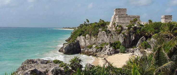 """México es mucho más que las zonas turísticas más conocidas y visitadas por el turismo de masas, como Acapulcoo Playa del Carmen. Si lo que te gusta es explorar un poco más allá del """"resort"""" lo que este país ofrece son lugares inolvidables: hermosas playas desier"""