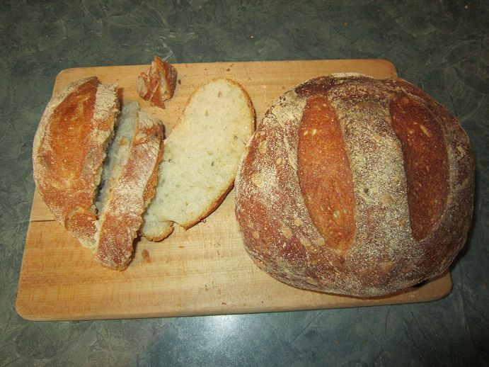 Artisan bread-pain artisanal  http://www.thecomfortofcooking.com/2013/04/no-knead-crusty-artisan-bread.html