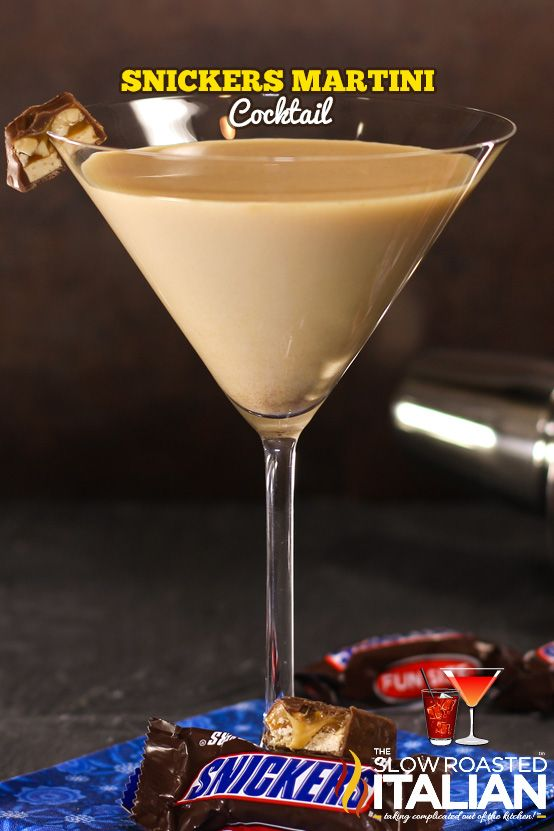 Snickers Martini Cocktail made with @International Delight to make it out of this world #whatsyourId? @InDelight: