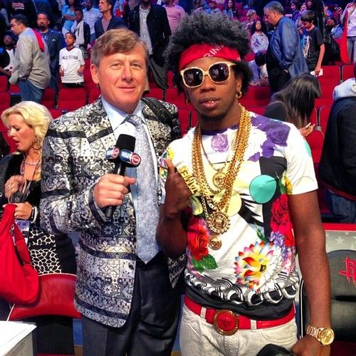 Mr. Craig Sager #CraigSager #CraigSagerandHisCustomSuits #RexFabrics #CustomSuits#CraigSagerSuits #BespokeSuits #BestDressedManinSports  #Style #MenStyle #Fashion #FashionSuits