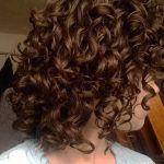 Una vez, las mujeres con cortes de pelo rizado era demasiado miedo de cortes de pelo corto. Hoy en día cortes de pelo rizado cortoson muy populares entre las mujeres y los hombres. Cortes de pelo corto para el pelo rizadoson fáciles de mantener, a la moda, linda y elegante al mismo tiempo. Especialmente cuando …