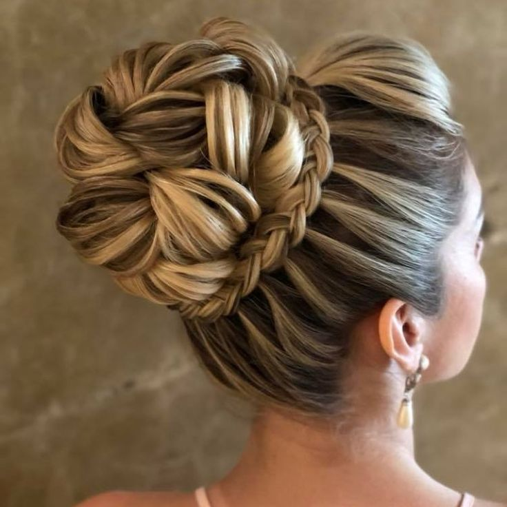 Goedemorgen #HairstyleSoniaLopes. . . #sonialopes #haar #haar # bruids