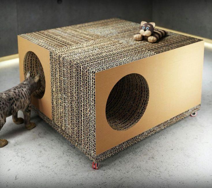 Play Cat Table es una de las piezas de mobiliario realizado en cartón del catálogo de Dcarton. Dcartón es un proyecto que apuesta por la utilización de este material como vehiculo para  introducir en los hogares, empresas, centros públicos y privados etc piezas de diseño ecólogico e innovador. Los muebles de Dcartón se fabrican por apilamiento y encolado de planchas de cartón de alta dureza y resistencia y madera DM 3 mm lacada en sus caras exteriores. Medidas: 700 x 700 x 450 mm $400