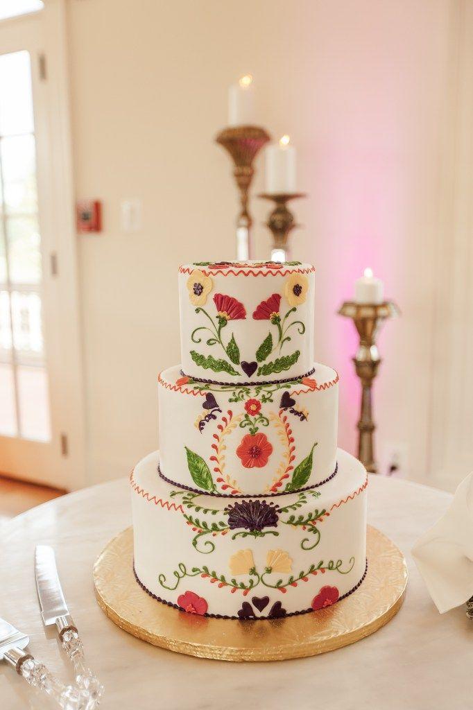 "Erika + Romulo: ""Mexican Loteria"" Themed Wedding at Morais Vineyards | BodaMaestra- Wedding Planning for Latin-American Couples"