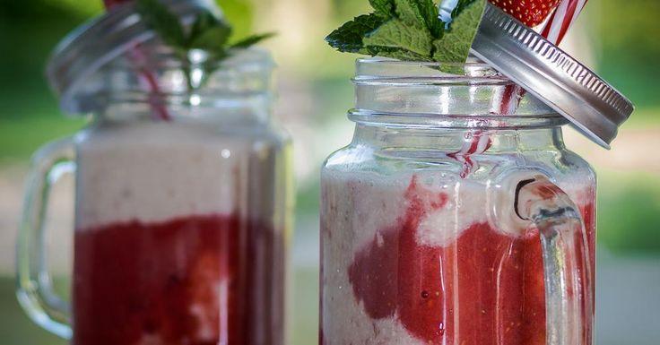 Cuisine-à-Vous - Rode vruchten-smoothie met amandeltoets